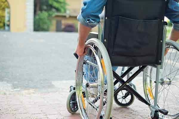 احداث مسکن معلولان و کارگران مورد حمایت قرار می گیرد