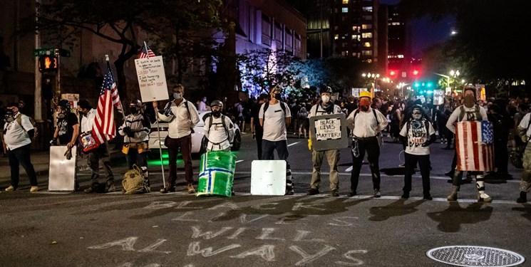 با خروج مأموران فدرال از خیابان های پورتلند، اعتراضات در آرامش کامل برگزار گشت