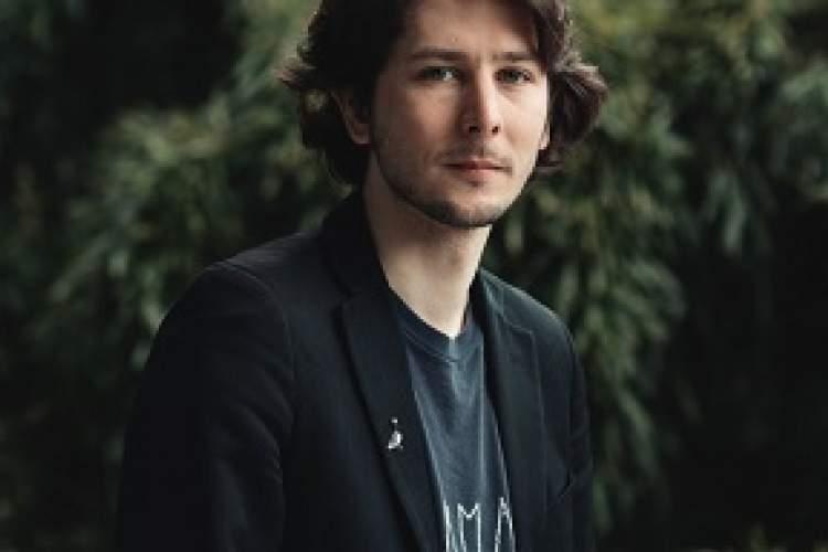 معرفی نامزدهای مرحله نخست جایزه رنودو 2020 ، فصل جوایز ادبی فرانسه کلید خورد