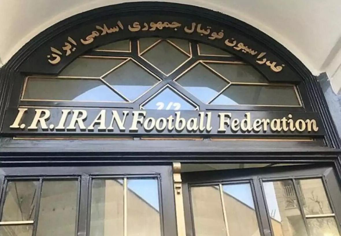 خبرنگاران وکیل فدراسیون فوتبال: رای صادره در پرونده ویلموتس قطعی نیست، CAS از فیفا منصف تر است