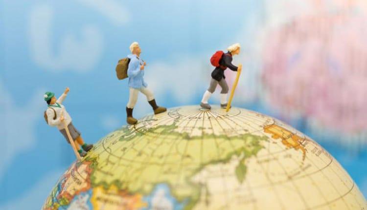 3 داستان کوتاه انگلیسی درباره سفر و مسافرت در تعطیلات (با ترجمه)