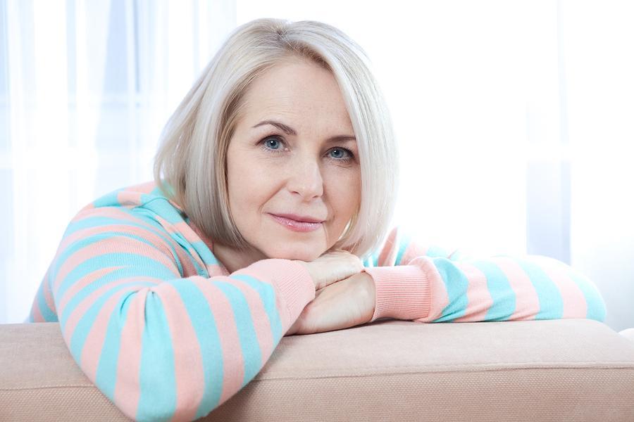 زنان و یائسگی؛ نشانه ها و کنترل عوارض
