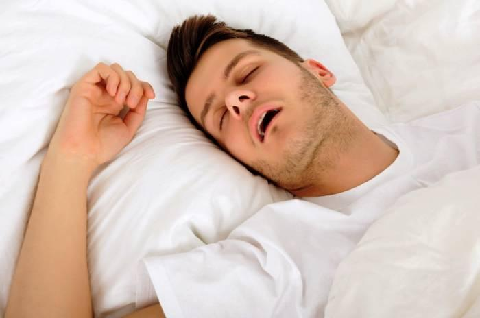 وقتی خوابیدن با دهان باز خطرساز می شود