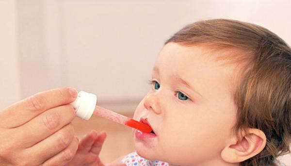 آیا مصرف قطره مولتی ویتامین برای نوزادان الزامی است؟