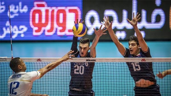 شکست تیم ملی والیبال ایران در مقابل فرانسه
