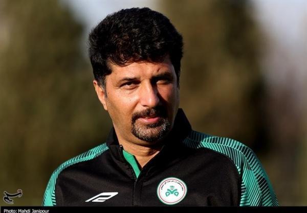 حسینی: در شبی که موقعیتی به پدیده ندادیم گل خوردیم، وقتی خوب بازی می کنیم، دلیلی ندارد تعویض کنیم